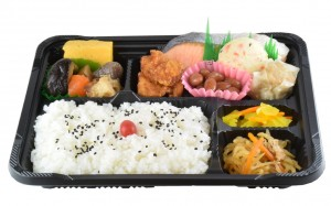 特選 鮭弁当 630円(税込み680円)